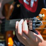 4 Best Bass Guitar Straps – Adjustable, Comfortable Straps for Bass