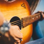Guitar Humidifiers Guide & The Best Humidifiers Reviewed